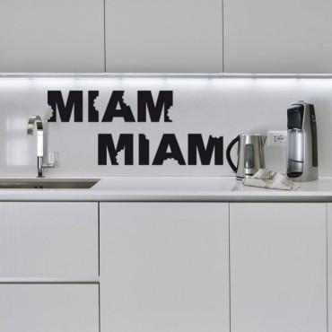 Sticker Miam miam à croquer - stickers cuisine & stickers muraux - fanastick.com