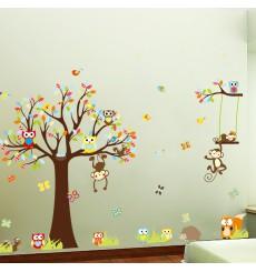 Sticker Singes jouent sur les arbres