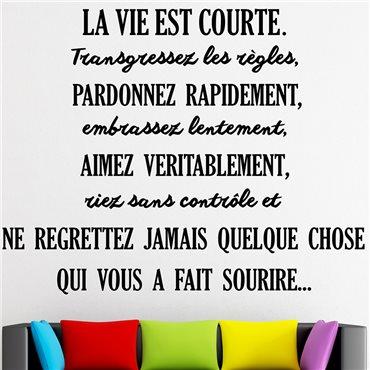Sticker citation La vie est courte... - stickers citations & stickers muraux - fanastick.com