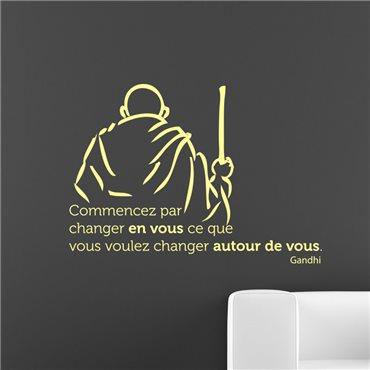Sticker Commencez par changer en vous - Ghandi - stickers citations & stickers muraux - fanastick.com