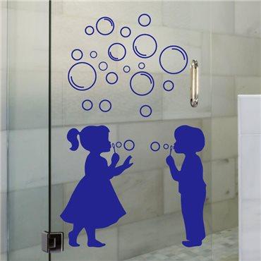 Sticker fille et garçon avec des bulles - stickers salle de bain & stickers muraux - fanastick.com