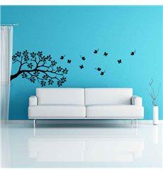 Sticker Papillons survolant un arbre